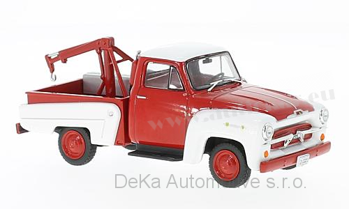 Chevrolet 3100 Tow Truck