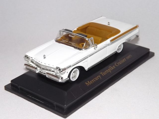 Mercury Turnpike Cruiser (white)
