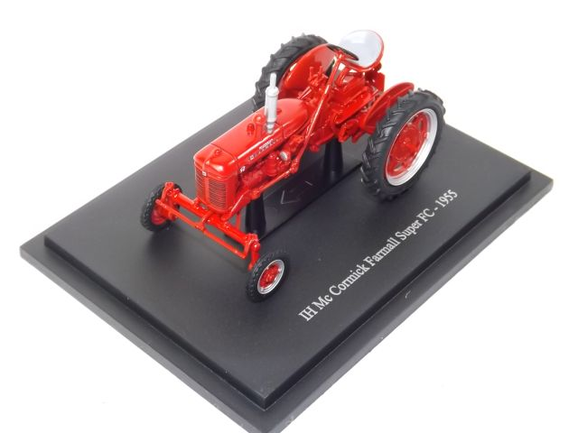 IH Mc Cormick Farmall Super FC 1955