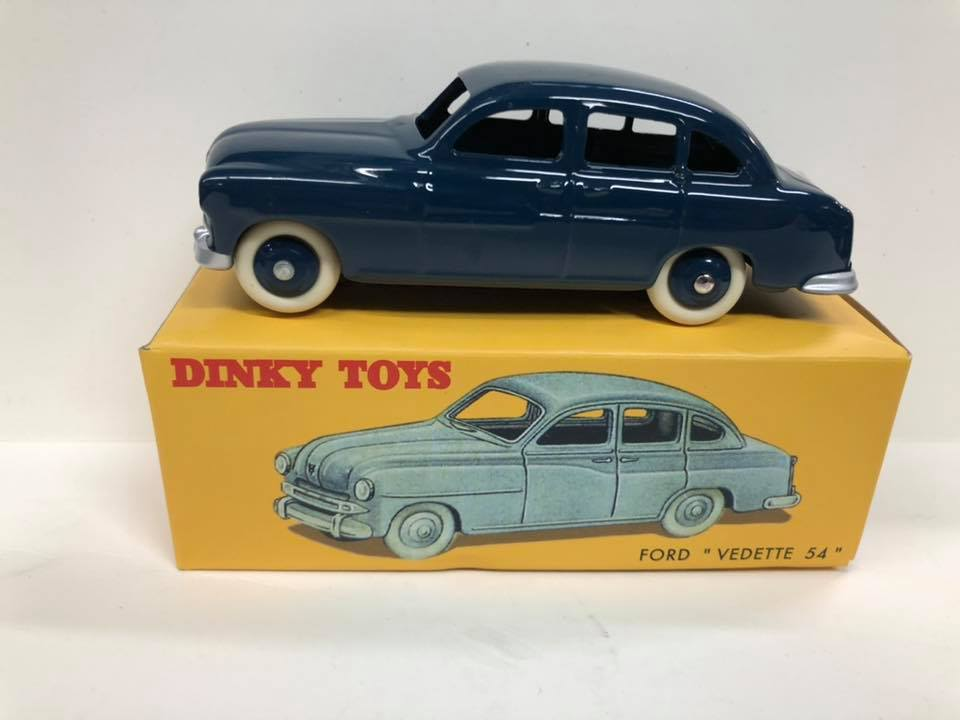 Ford Vedette Dinky Toys Replica