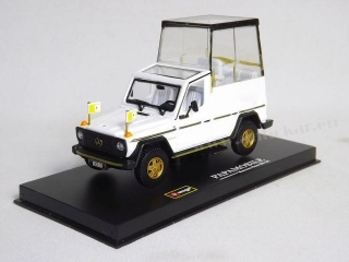 Mercedes G-Class GE230 Papamobile